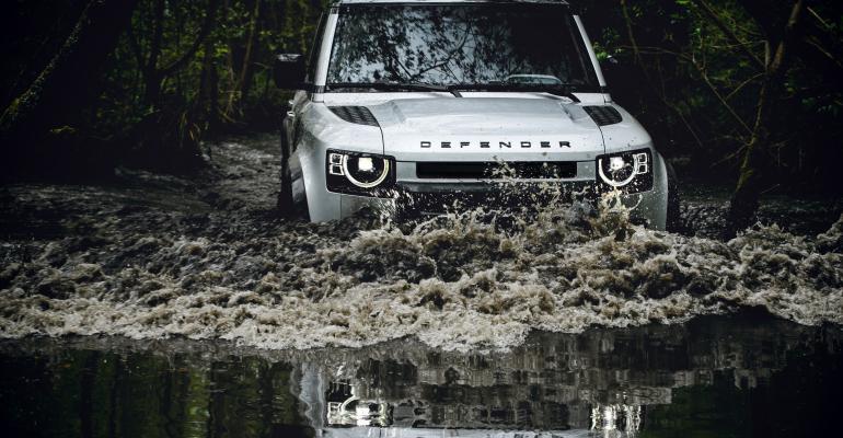 Land_Rover_Defender.jpg