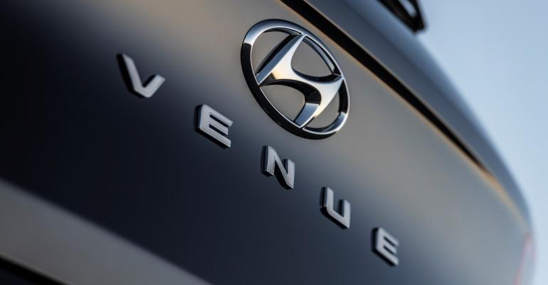 2020 Hyundai Venue badge close.jpg