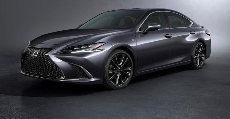 Lexus 2022_ES.jpg