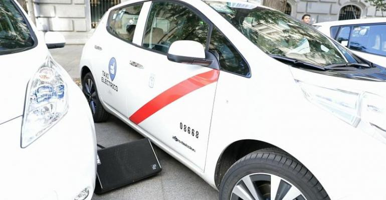 Zero-emissions taxis face fewer restrictions in Madrid than most private vehicles.