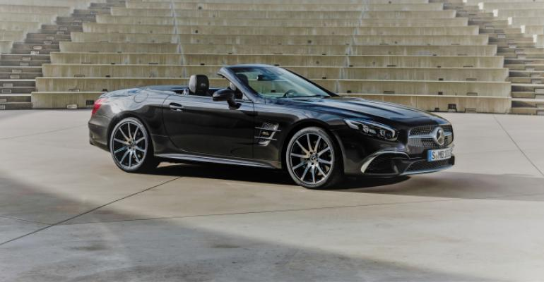 Mercedes SL Grand Edition due in U.S. showrooms next month.