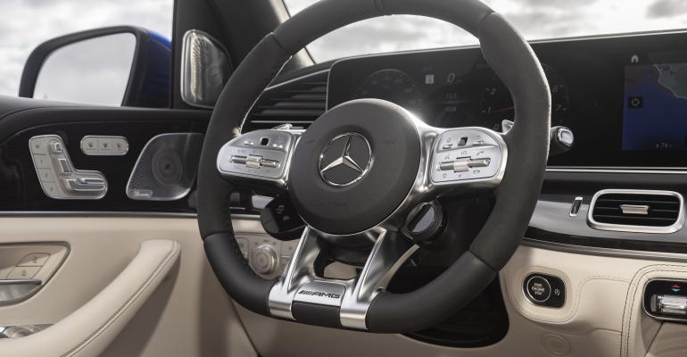 2021 Mercedes-AMG GLE 63 S wheel closeup.jpg