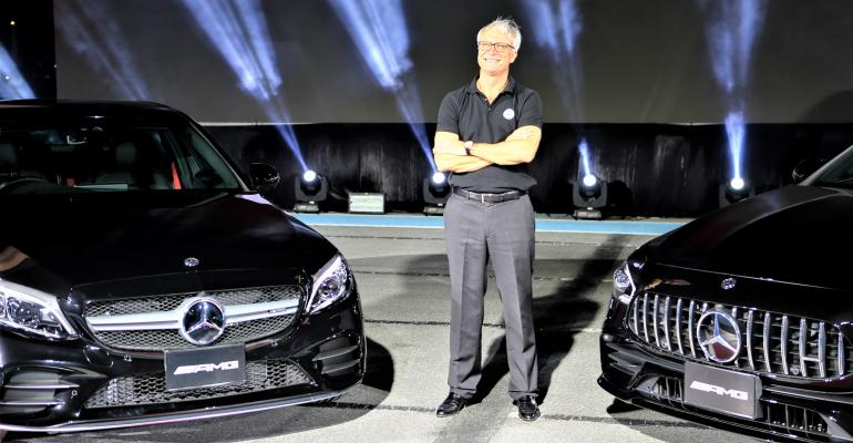 Mercedes-Benz Thailand_Folger(3).jpg