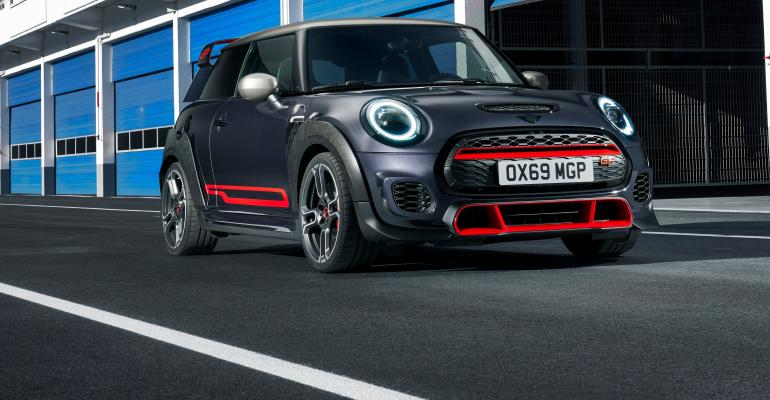 Mini John Cooper Works GP (2).jpg