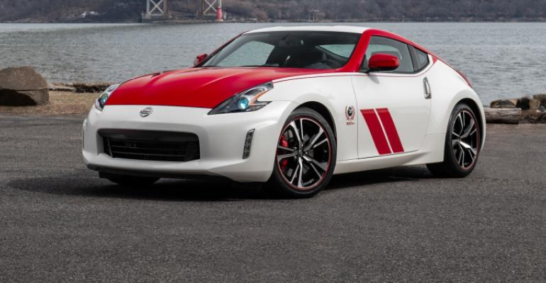 Nissan 50 Z_Ext_Solo-10 cropped.jpg
