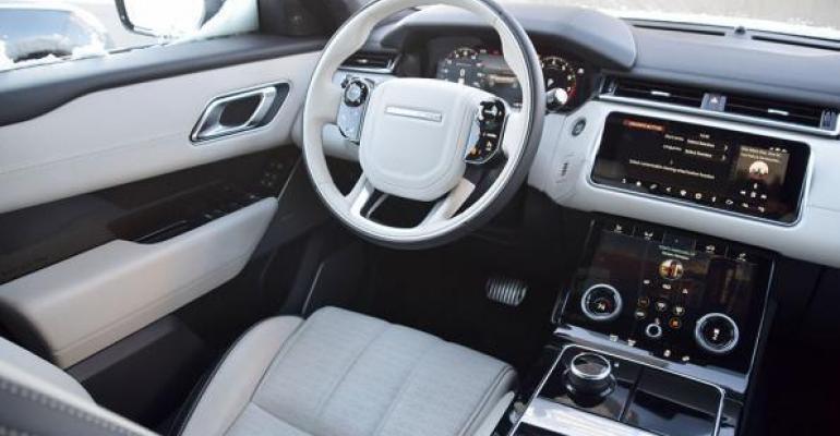 Range Rover Velar 10BI 2018 Interior