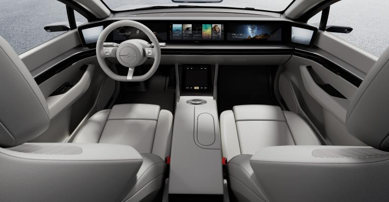 SONY_VISION_S_Interior_02-Entire_display.jpg