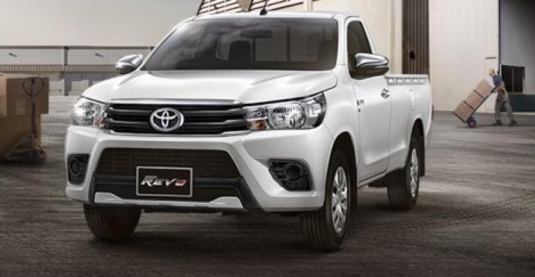 Toyota Hilux (3).jpg