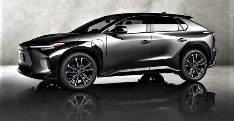 Toyota bZ4X concept SUV (002).jpg
