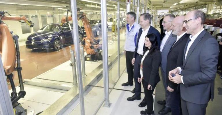 VW Wolfsburg robots.jpg