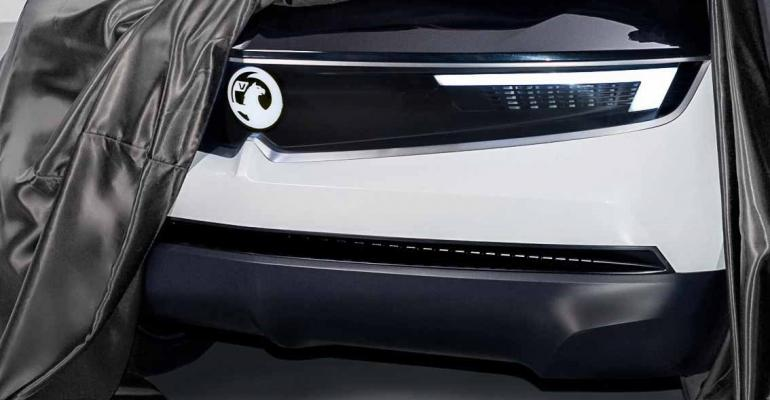 Vizor design element debuts on Vauxhall GT X Experimental.