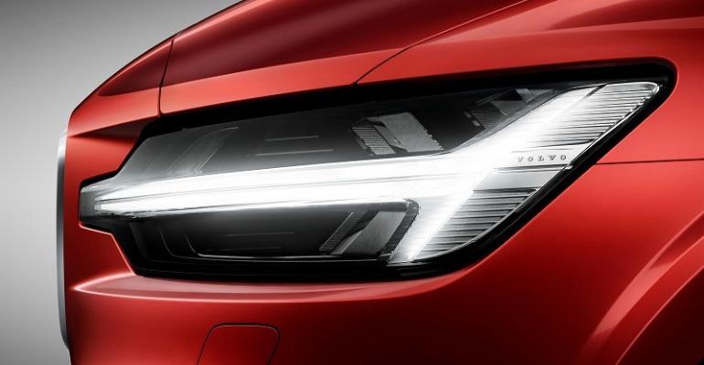Volvo S60 headlamp