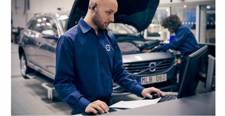 Volvo service technician.jpg