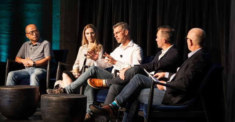 Panelists discuss future connectivity at Wards Intelligence Smart Mobility Summit.