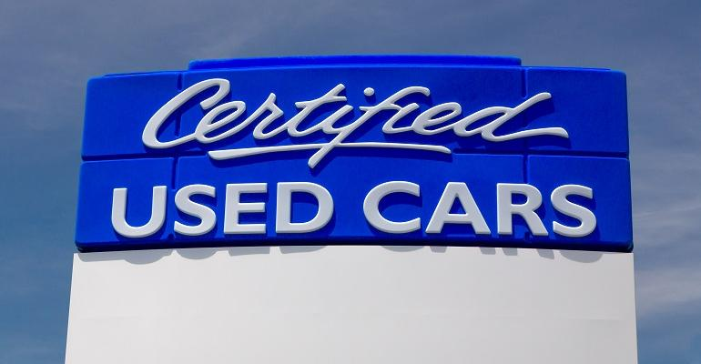 certified pre owned sign resized.jpg