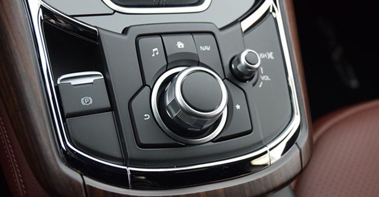 2017 Wards 10 Best Interiors Nominee: Mazda CX-9