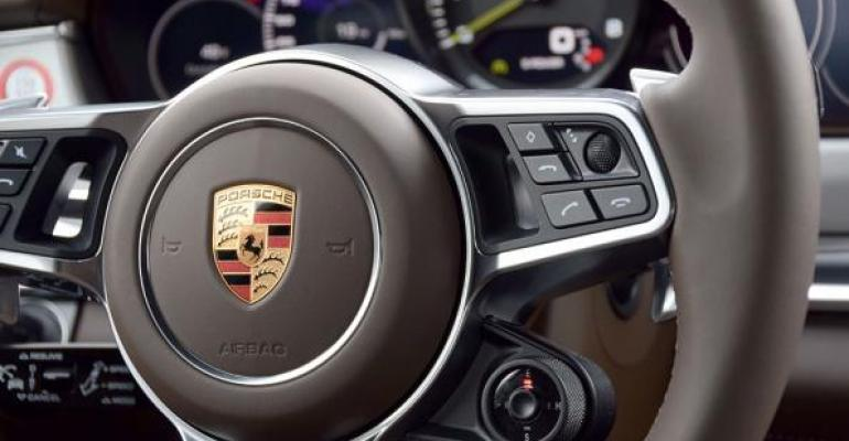 2018 Wards 10 Best Interiors Winner: Porsche Panamera