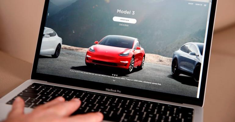 online car sales (Getty).jpg