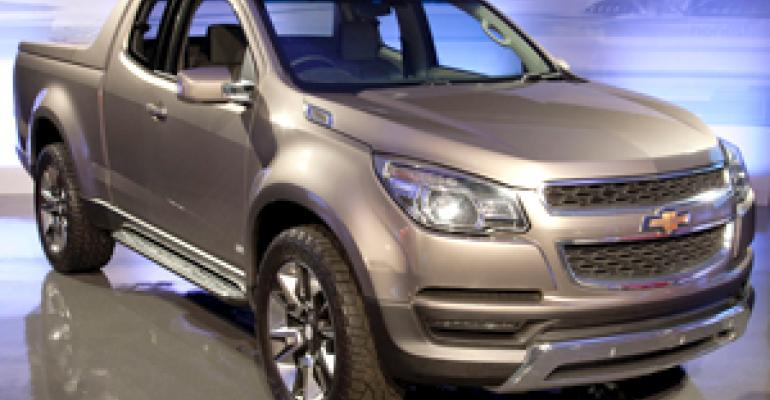 Gm Launches S Of New Global Colorado Midsize Pickup In Thailand