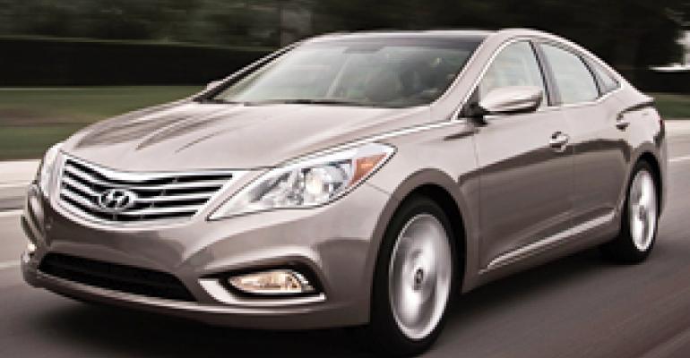 Hyundai Dealers Play Waiting Game