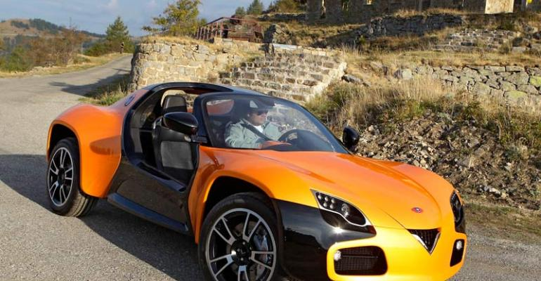 Roadster EV billed as achieving top speed of 125 mph