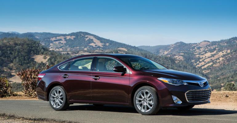 Allnew rsquo13 Avalon gets hybrid variant for first time