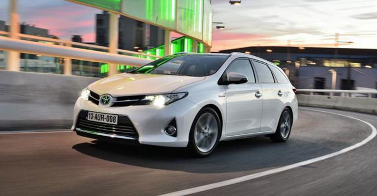 Auris in vanguard of auto makerrsquos hybrid push in Europe