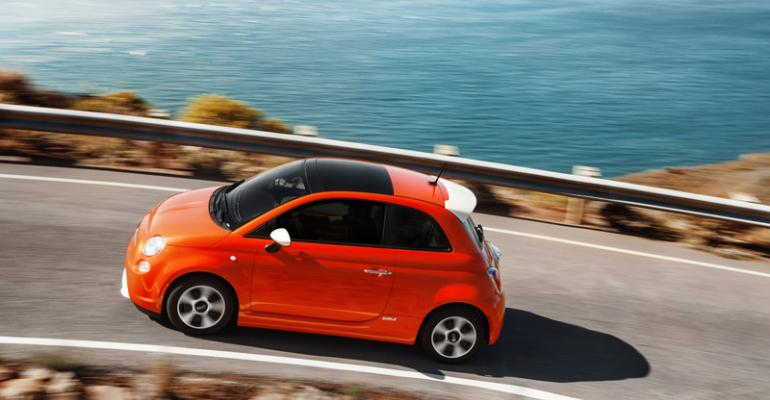 rsquo13 Fiat 500e Chryslerrsquos first electric vehicle