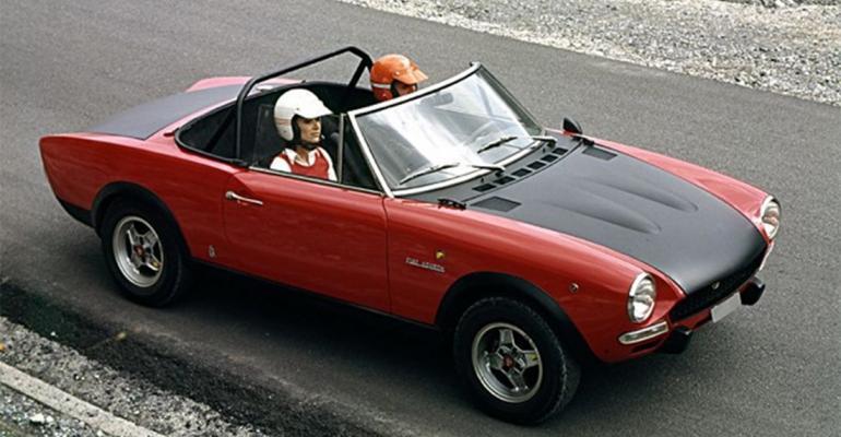 Original Fiat Sport Spider dates back to 1966