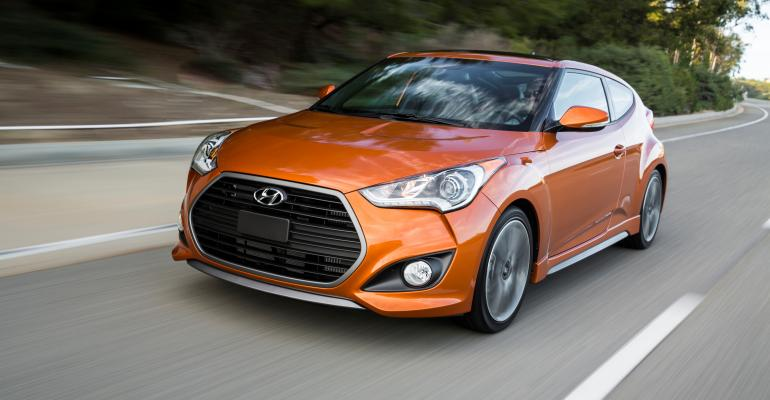 rsquo16 Hyundai Veloster features Fluidic Sculpture character lines