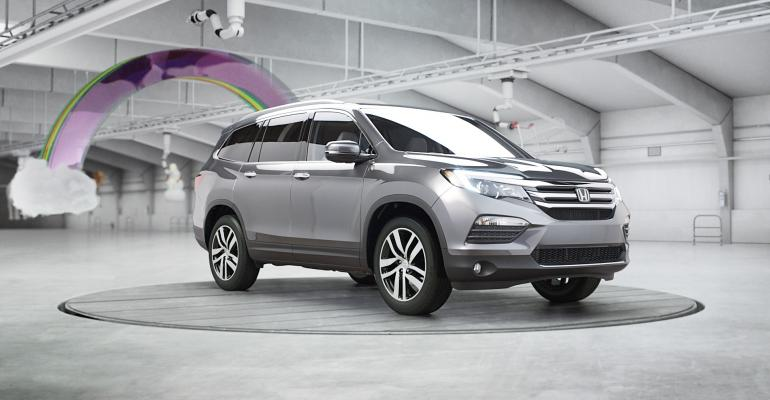 Honda's Pilot Elite Rises Back to Top of Ad Ranking