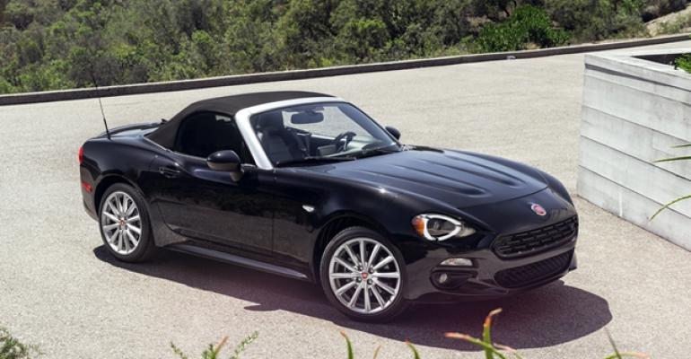 rsquo17 Fiat 124 Spider shows off its Italian flair