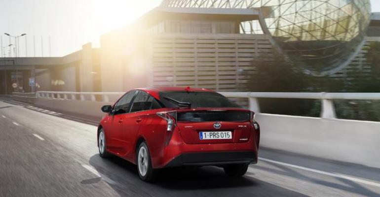 Hybrids account for one third of Toyotabrand sales in Europe