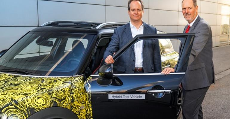 Mini executives Mackensen and Wolf preview the plugin hybrid Countryman