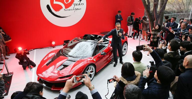 J50 draws on Ferrari design tradition but overall appearance avantgarde