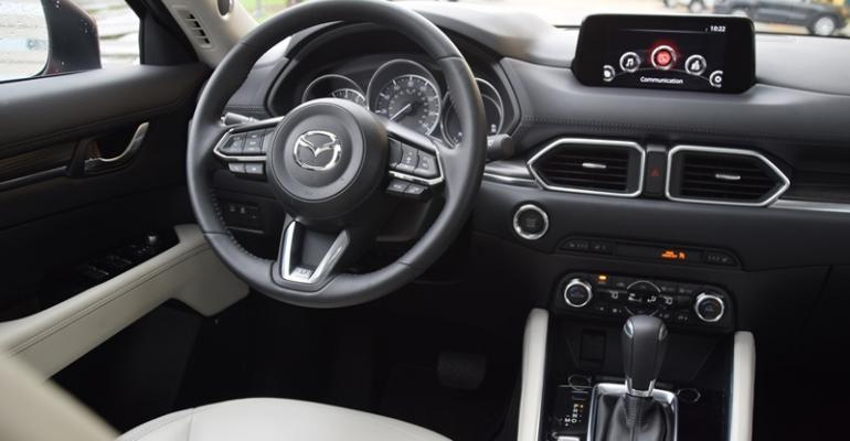 Mazda CX5 a 2017 Wards 10 Best UX winner