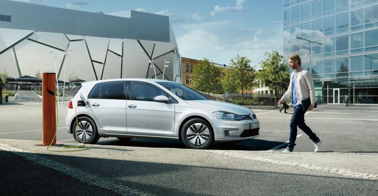 Volkswagen claims 180mile range for allelectric eGolf