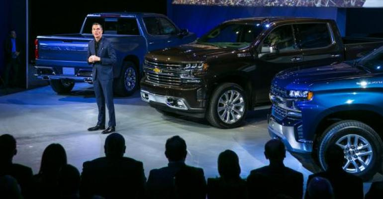 GMrsquos Simcoe at introduction of rsquo19 Chevy Silverado