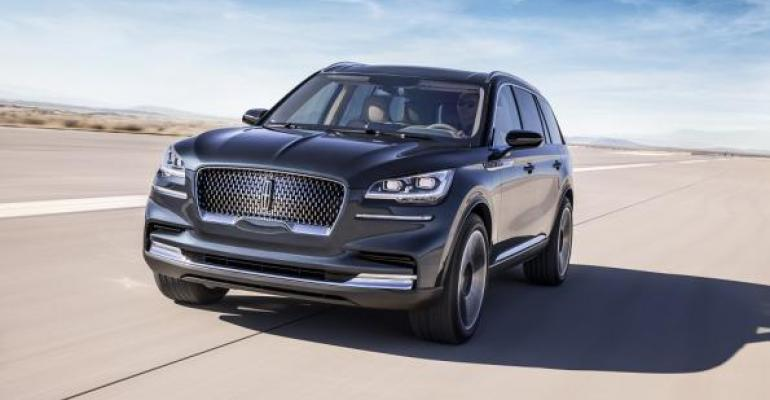 Allnew Lincoln Aviator shown and sibling Ford Explorer to lift Ford sales in 2019