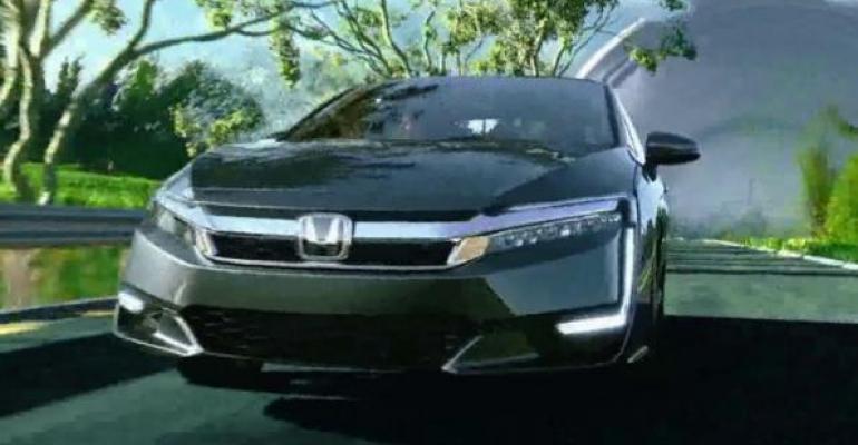 Topranked Honda spot highlights Clarity plugin hybridrsquos range