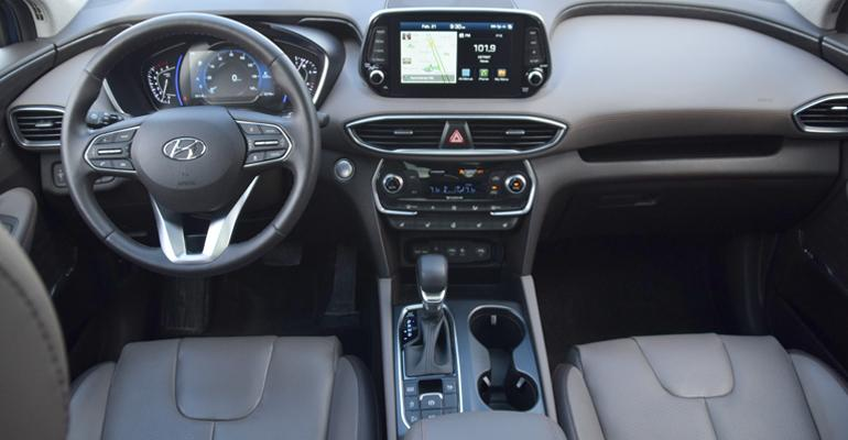 web-promo-Hyundai-SantaFe.jpg