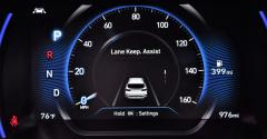 Hyundai Santa Fe lane keeping