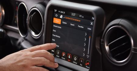 2018 Jeep Wrangler Unlimited touchscreen