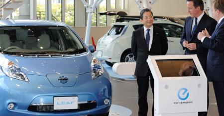 Nissan COO Shiga left with UK Prime Minister David Cameron April 10 in Yokohama Japan