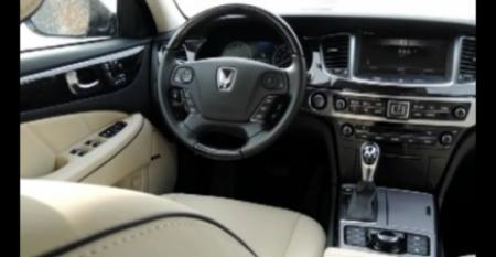 Hyundai Equus Ultimate - Ward's 10 Best Interiors Awards Ceremony 2014