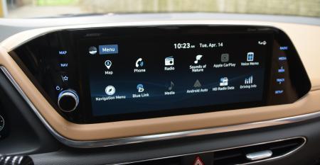 Hyundai Sonata main menu.JPG