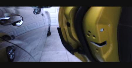 VIDEO: Ford Focus With Door Edge Protectors