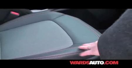 Kia Sportage - Ward's 10 Best Interiors of 2011 Judging