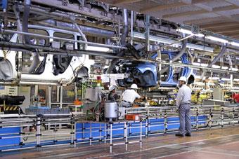 Nissan Plant Smyrna Tn >> Nissan Copies Altima Hybrid Process In Building Electric