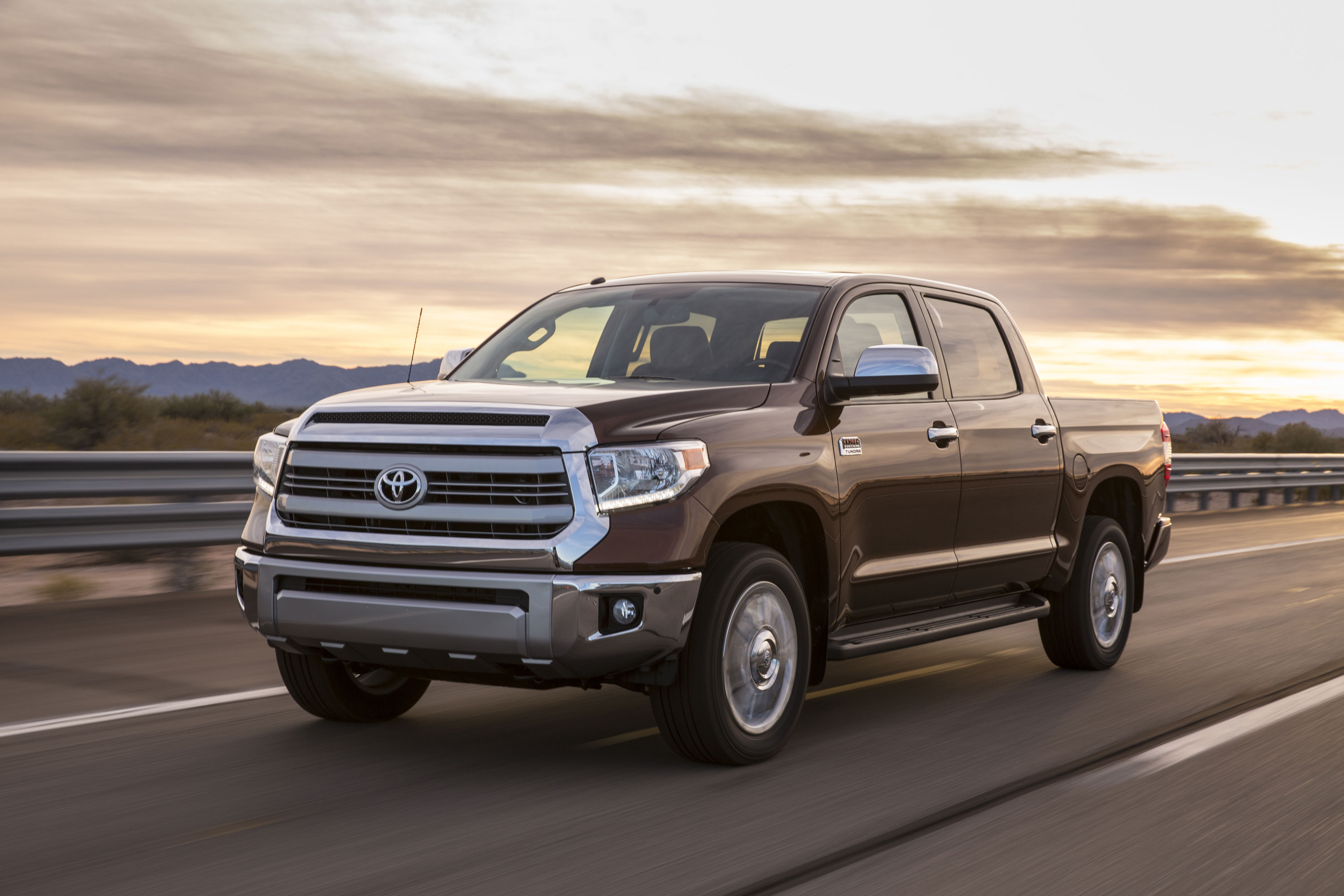 2016 Tundra Diesel >> Toyota Tundra Set To Receive Cummins Diesel Wardsauto